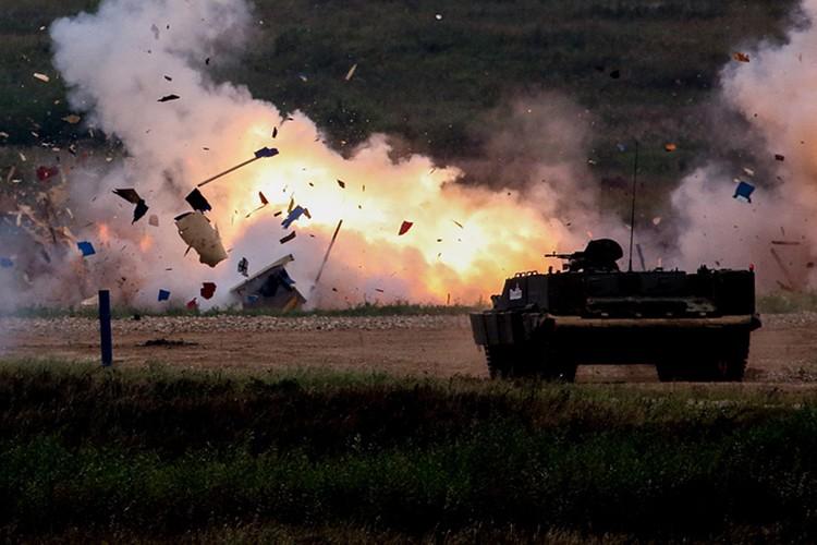 Chiem nguong dan vu khi khung cua Nga tai Army-2017-Hinh-19