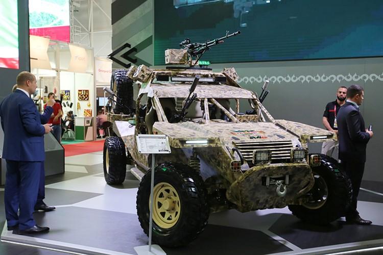 Chiem nguong dan vu khi khung cua Nga tai Army-2017-Hinh-6