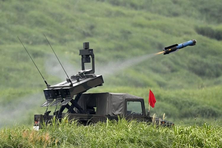 Muc kich dan vu khi khung Nhat ban pha nui Phu Si-Hinh-16