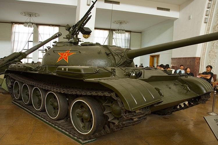 Tuong tan xe tang huc do cong Dinh Doc Lap vao ngay 30/4/1975-Hinh-10