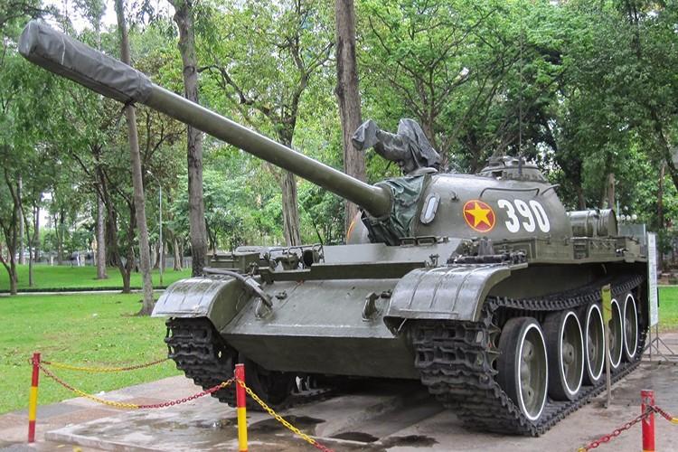 Tuong tan xe tang huc do cong Dinh Doc Lap vao ngay 30/4/1975-Hinh-6