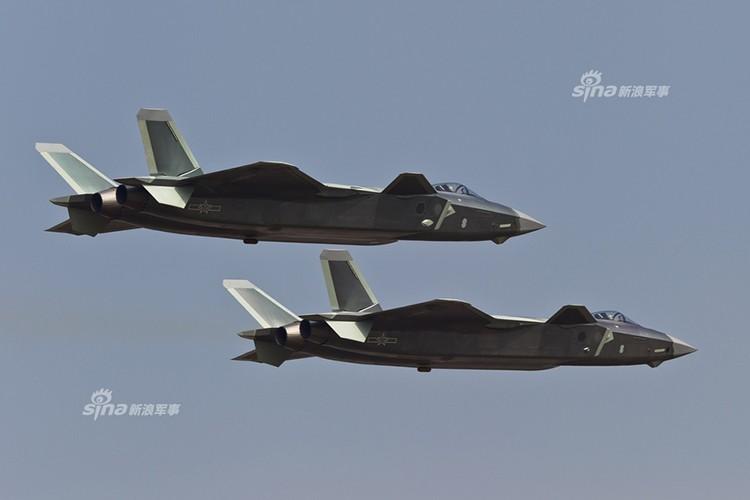 Nguy hiem: J-20 Trung Quoc da san sang tham chien-Hinh-10