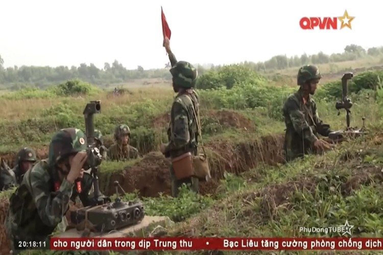 Tan mat ten lua chong tang B72 cua Viet Nam dan tran-Hinh-11
