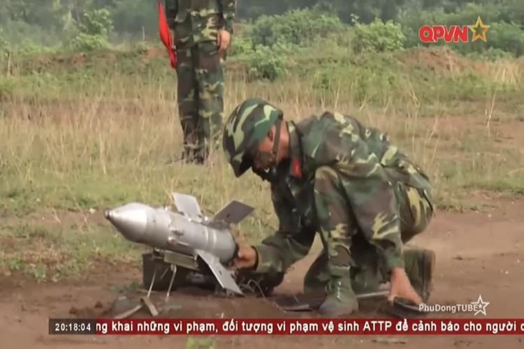 Tan mat ten lua chong tang B72 cua Viet Nam dan tran-Hinh-7