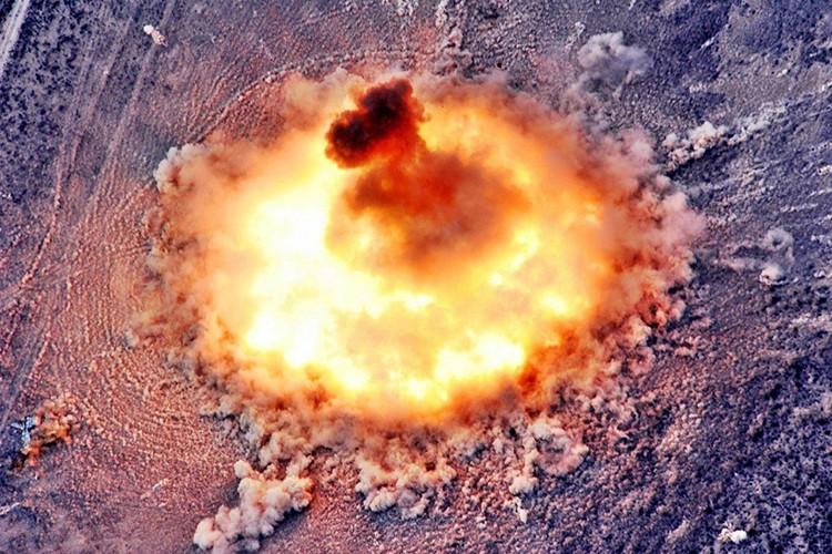 Cha cua cac loai bom: dinh cao vu khi phi hat nhan Nga-Hinh-3
