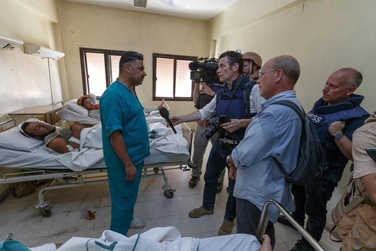 Nong: Hinh anh dau tien ben trong Deir Ezzor sau ngay giai vay-Hinh-15