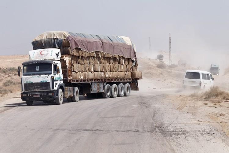 Nong: Hinh anh dau tien ben trong Deir Ezzor sau ngay giai vay-Hinh-6