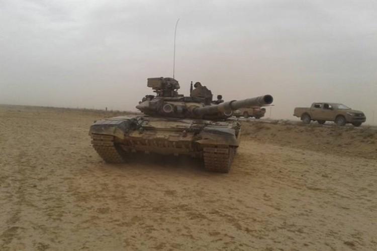 Dung nhu pha: T-90 o Syria, chiec chay den, chiec nat bet-Hinh-9