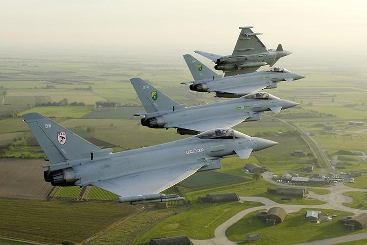 Eurofighter Typhoon: Cuong phong chau Au danh cho Su-35 cua Nga-Hinh-2