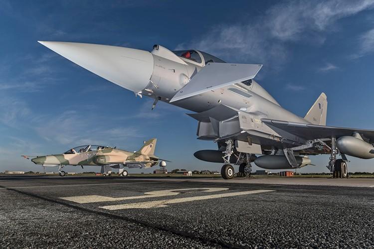Eurofighter Typhoon: Cuong phong chau Au danh cho Su-35 cua Nga-Hinh-3