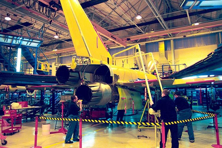 Eurofighter Typhoon: Cuong phong chau Au danh cho Su-35 cua Nga-Hinh-5