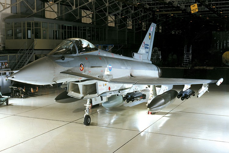 Eurofighter Typhoon: Cuong phong chau Au danh cho Su-35 cua Nga-Hinh-6