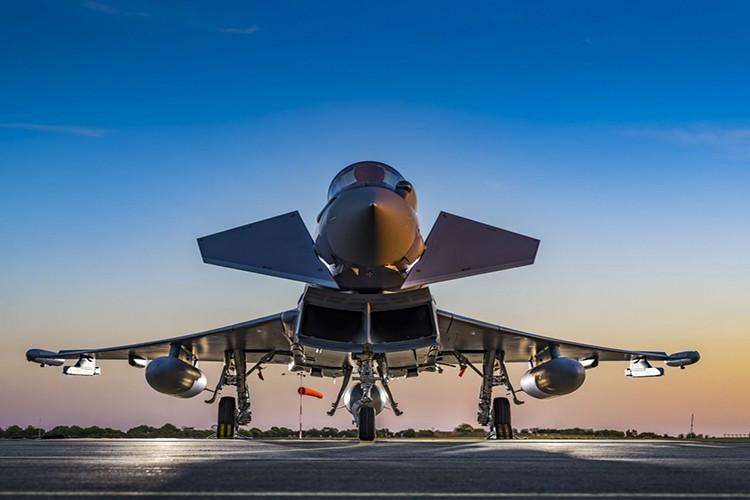 Eurofighter Typhoon: Cuong phong chau Au danh cho Su-35 cua Nga-Hinh-8