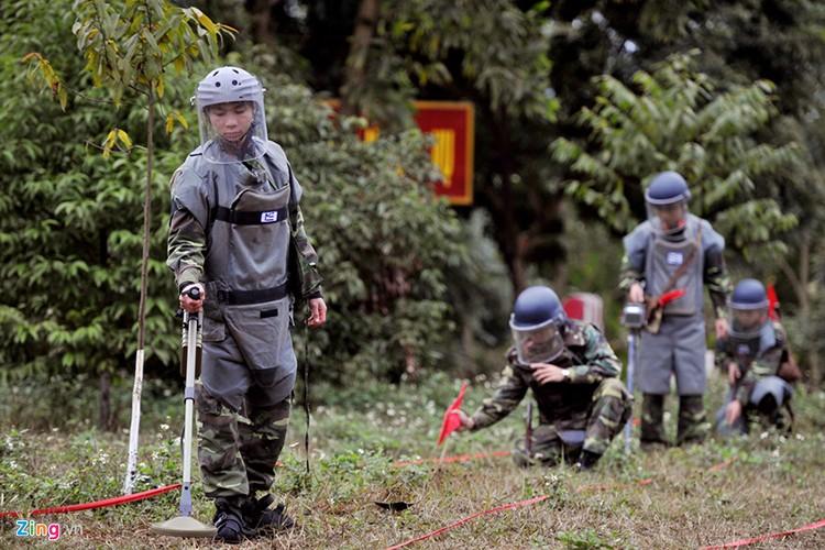 "Bat ngo nhiem vu moi cua ""xe tang T-72"" Viet Nam-Hinh-3"