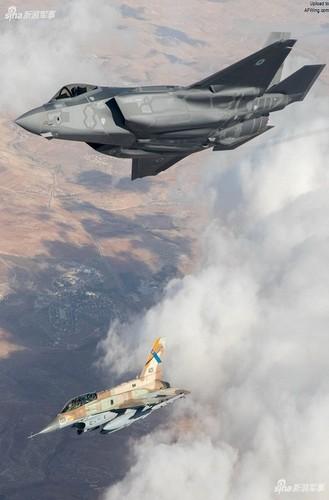 """Co F-35I, Israel co qua mat duoc """"luoi lua"""" S-300 cua Iran?-Hinh-4"""