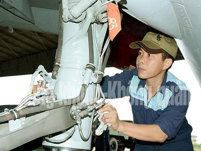 Lang tham nang nhung canh bay Su-30MK2 Viet Nam-Hinh-4