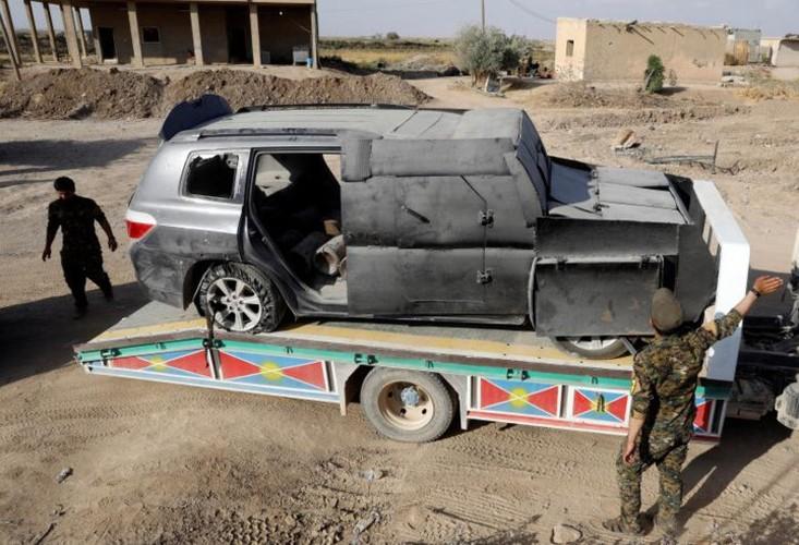 Khoc liet cuoc chien giua duong pho Raqqa, Syria-Hinh-11