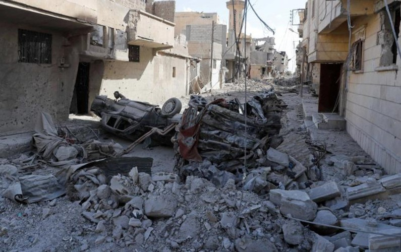 Khoc liet cuoc chien giua duong pho Raqqa, Syria-Hinh-12