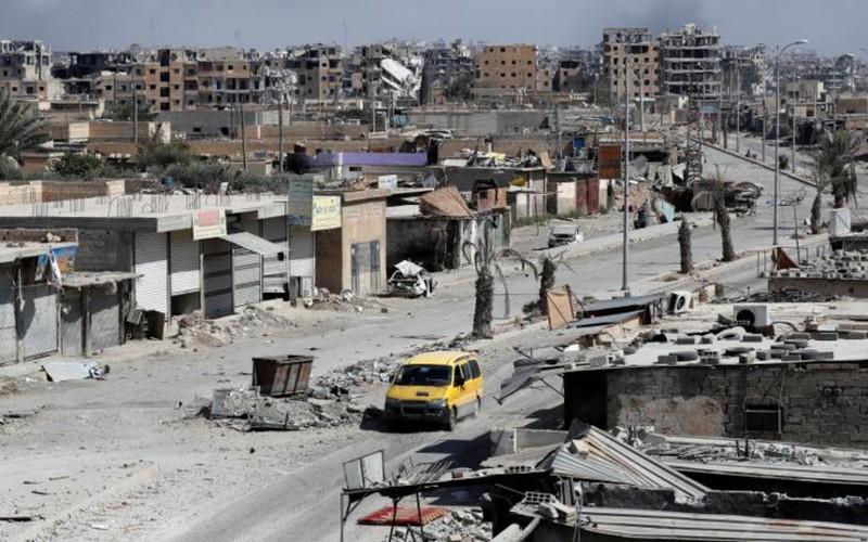 Khoc liet cuoc chien giua duong pho Raqqa, Syria-Hinh-16