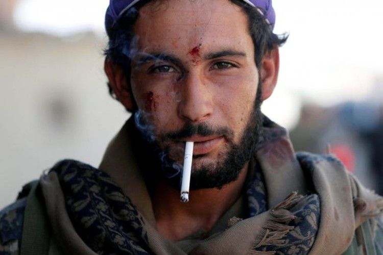 Khoc liet cuoc chien giua duong pho Raqqa, Syria-Hinh-3