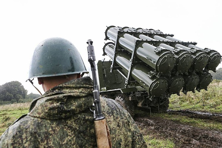 "Ten lua bo Bal-E Nga ""gao thet"" khien tau chien NATO khiep so-Hinh-5"