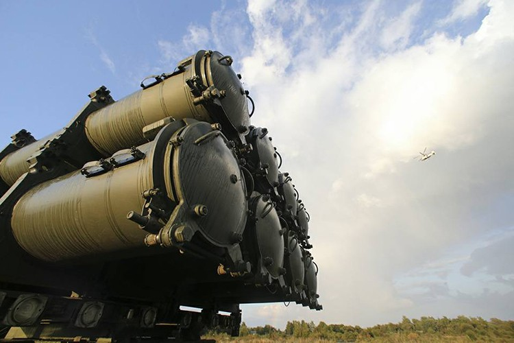 "Ten lua bo Bal-E Nga ""gao thet"" khien tau chien NATO khiep so-Hinh-6"