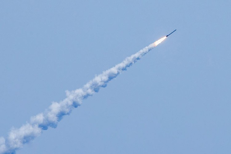 Nga pho dien suc manh Kalibr o Syria khien My muoi mat-Hinh-2