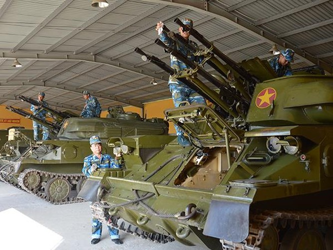 """Can canh """"than ho menh"""" cho ten lua S-300PMU-1 cua Viet Nam-Hinh-9"""