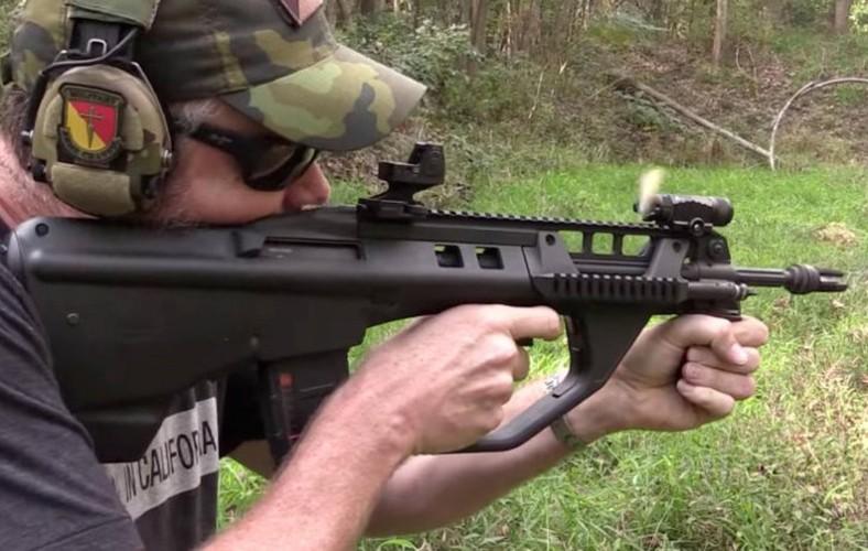F90: khau sung trong mo cua bo binh Australia-Hinh-9