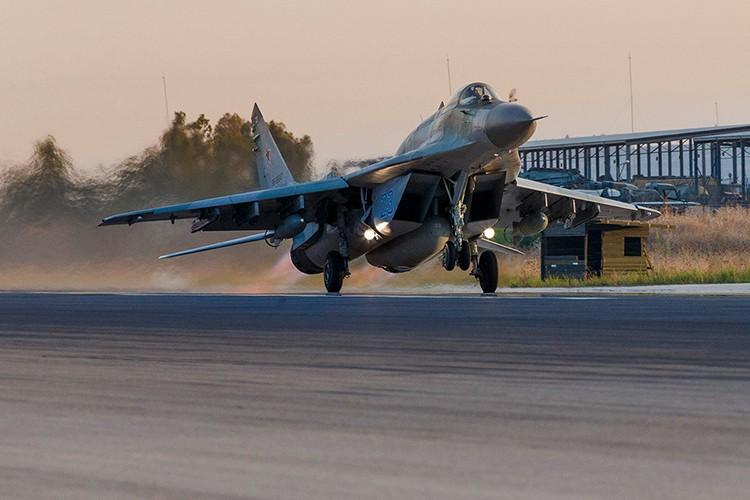 Ung vien nao co the thay the cho Su-24M2 cua Nga o Syria-Hinh-6