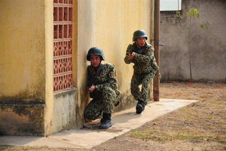 """Bat ngo """"do nghe"""" giup dac cong Viet Nam tro nen vo hinh-Hinh-14"""