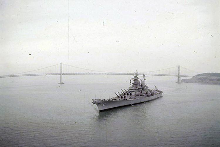 My son lai sieu ham USS Iowa thang tien toi Trieu Tien-Hinh-10