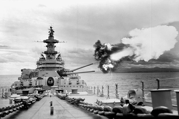 My son lai sieu ham USS Iowa thang tien toi Trieu Tien-Hinh-12
