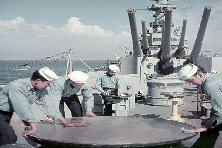 My son lai sieu ham USS Iowa thang tien toi Trieu Tien-Hinh-4