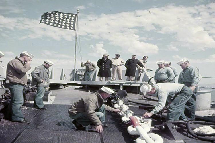 My son lai sieu ham USS Iowa thang tien toi Trieu Tien-Hinh-5
