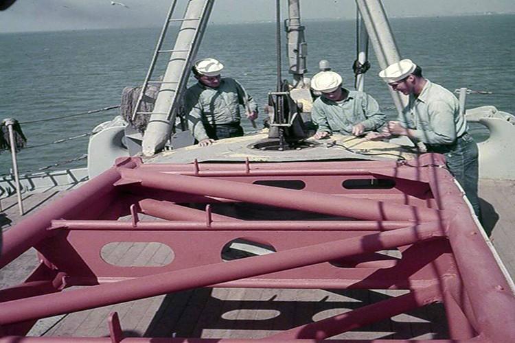 My son lai sieu ham USS Iowa thang tien toi Trieu Tien-Hinh-7