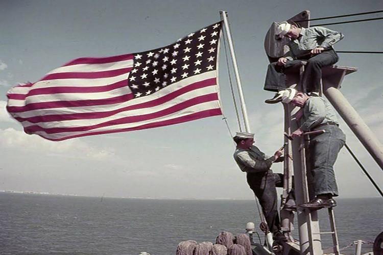 My son lai sieu ham USS Iowa thang tien toi Trieu Tien