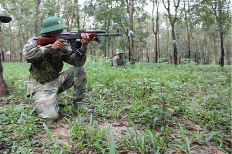 Trung doan bo binh Su doan 5 nang cao chat luong huan luyen-Hinh-7