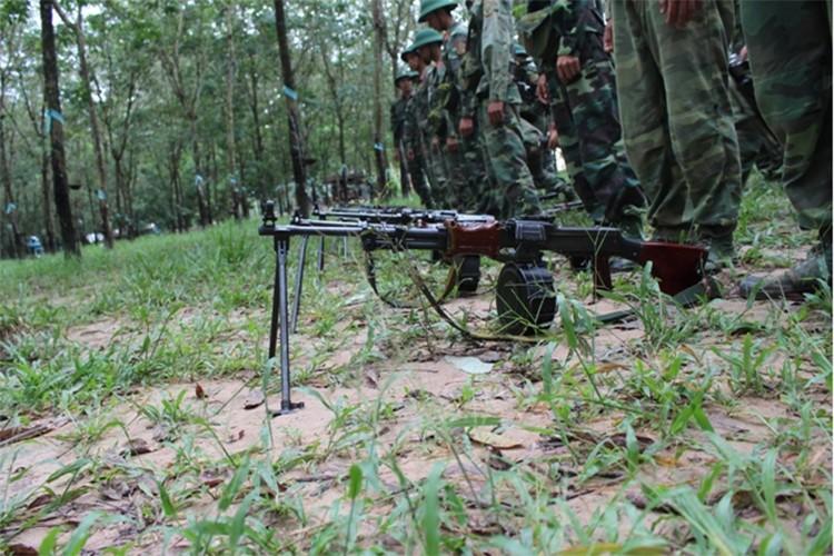 Trung doan bo binh Su doan 5 nang cao chat luong huan luyen-Hinh-9