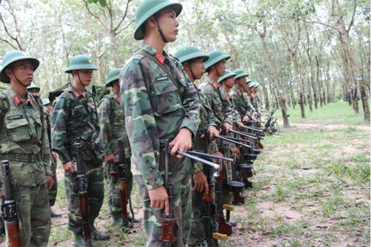Trung doan bo binh Su doan 5 nang cao chat luong huan luyen