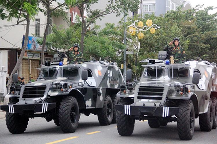 Tuong tan suc manh dan xe boc thep bao ve APEC 2017-Hinh-13