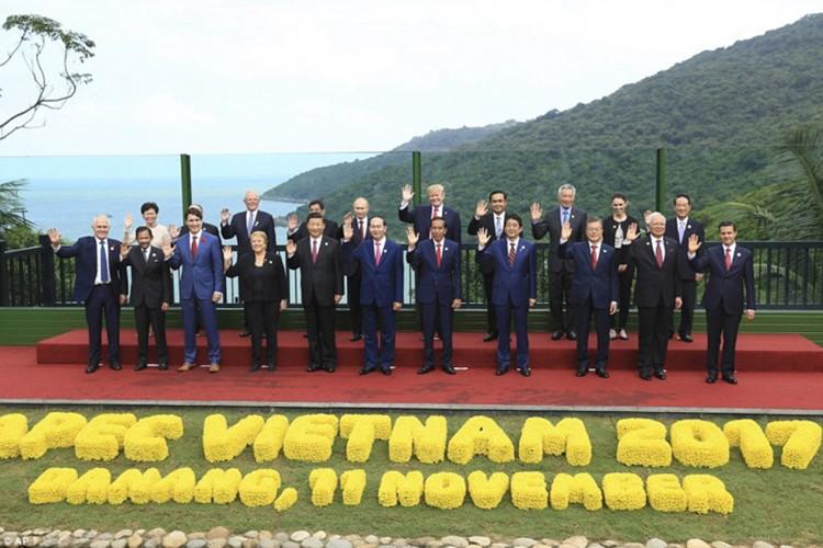 """Nga-My dong thuan """"danh IS den cung"""" ben le APEC 2017-Hinh-11"""