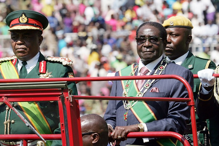Giai ma dao quan bi nghi vua tien hanh dao chinh o Zimbabwe