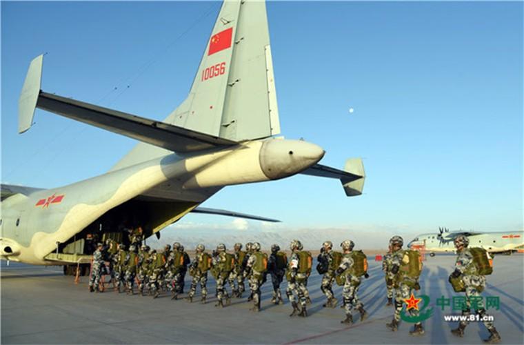 Lo nuoc dau tien dam mua van tai co Y-9E Trung Quoc-Hinh-2