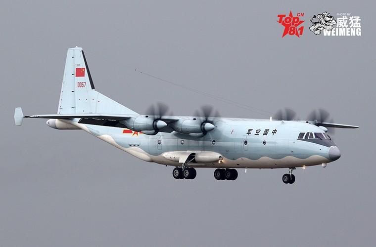 Lo nuoc dau tien dam mua van tai co Y-9E Trung Quoc