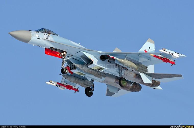Chet me he thong huan luyen tiem kich Su-35 cua Nga