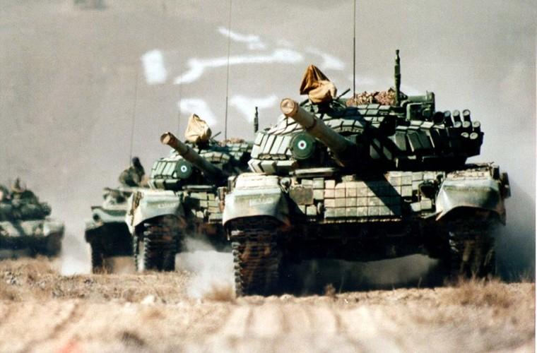 Them giap ERA, xe tang Iran se vuot troi T-90?-Hinh-8