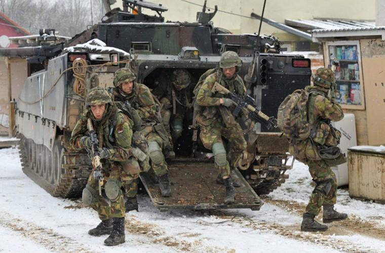 RPG-7, RPG-29 se bat luc truoc xe chien dau bo binh CV9035?-Hinh-8