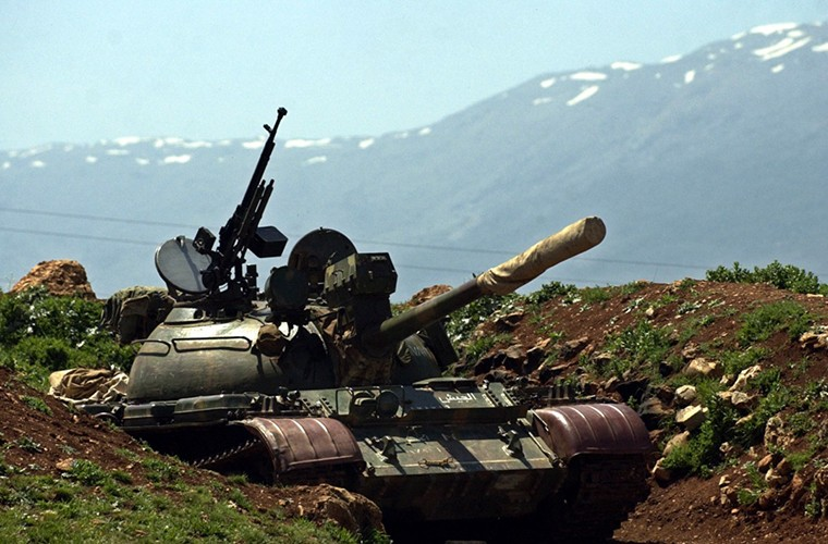Kinh ngac xe tang T-55 Syria duoc Trieu Tien nang cap-Hinh-5