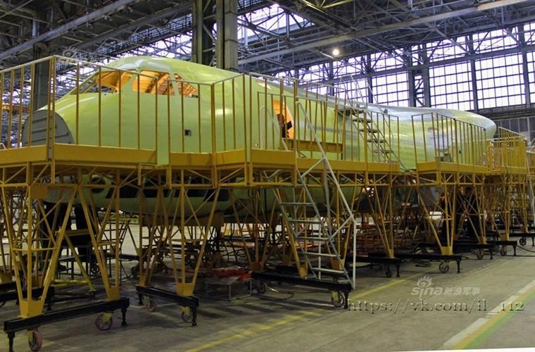 Tham nha may lap rap van tai co Il-112V cua Nga-Hinh-5